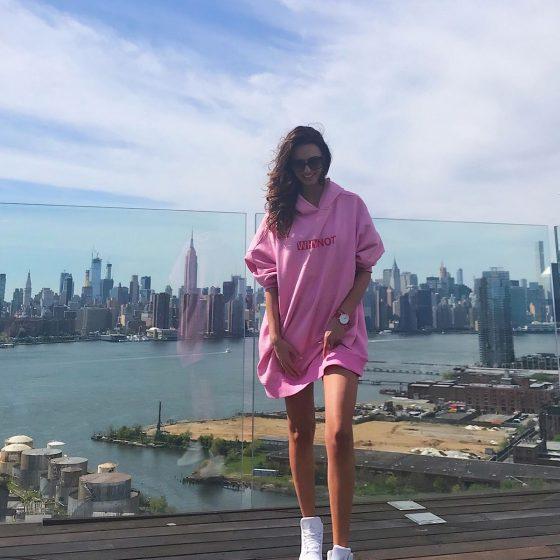 baby-pink-oversize-hoodie
